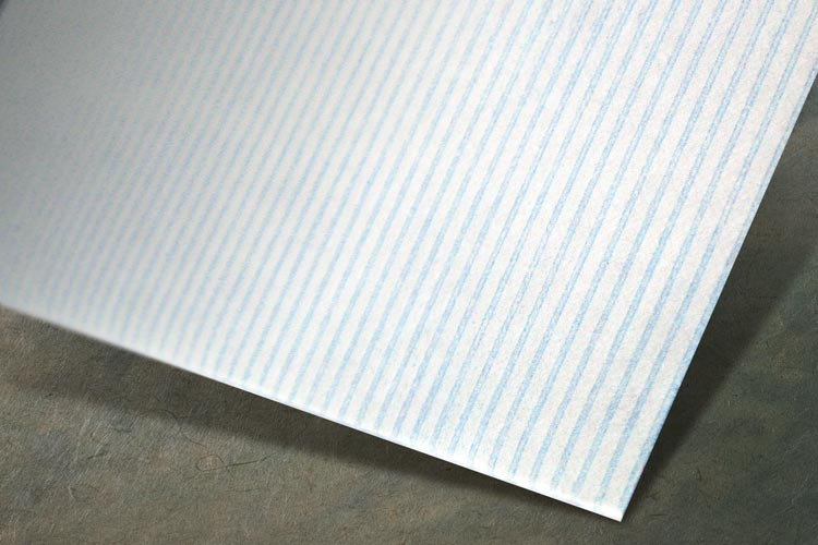 Immediately distinguishes the envelope from others in the mailbox with its different look and feel